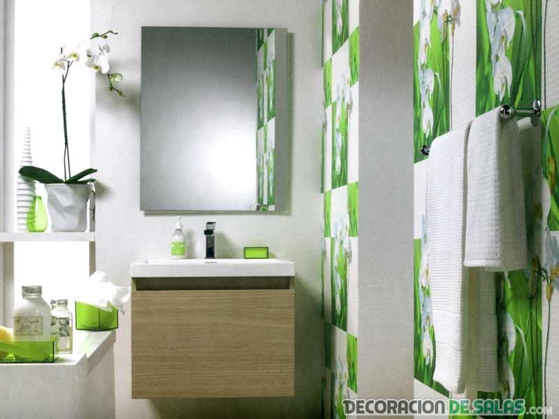 papel pintado en verde para baños