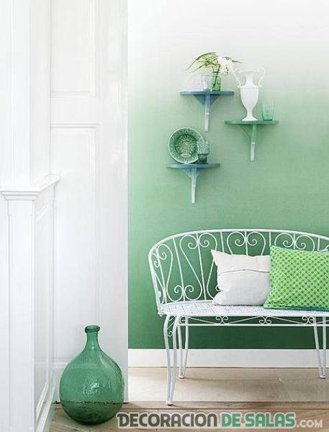 pared decorada con verde degradado