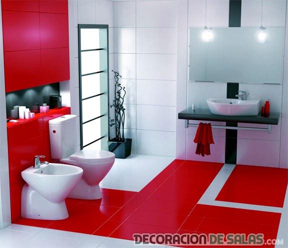 paredes del baño en color rojo pasión