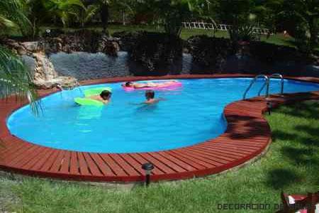 piscina con cuidados