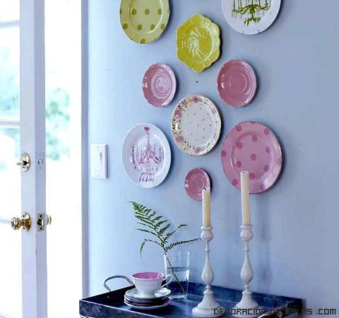 mosaicos hechos con platos
