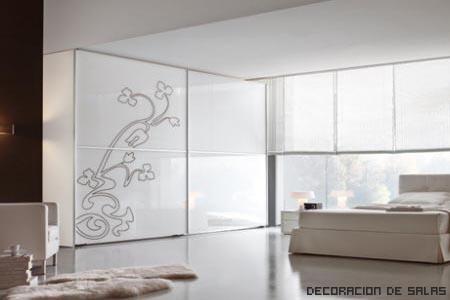 puerta de armario con dibujo