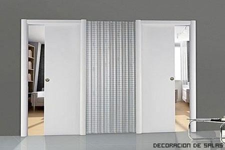 puertas contiguas