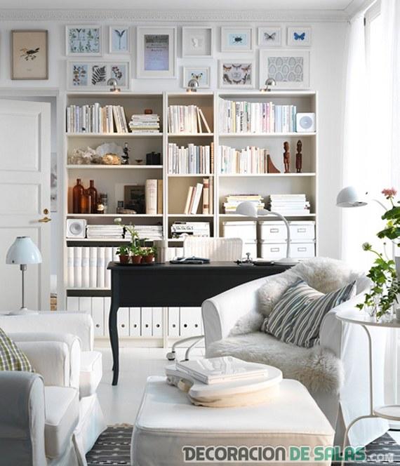 sala en blanco con estanterías