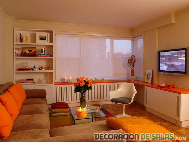 sala grande en color naranja