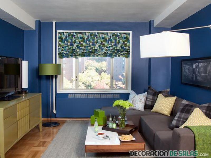 sala pequeña azul
