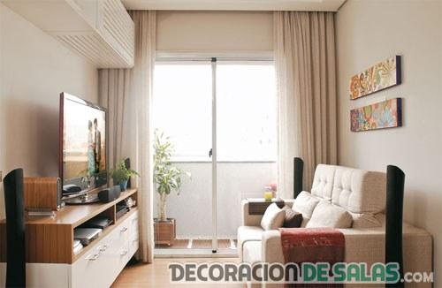 sala pequeña color crema