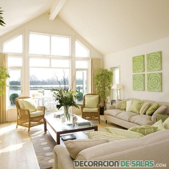 salón amplio y luminoso para verano