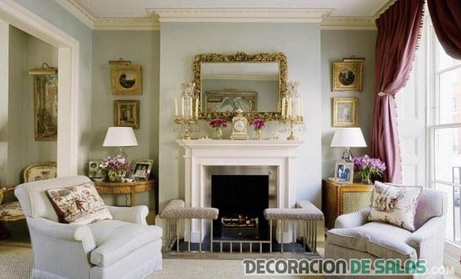 salón clásico con chimenea en blanco