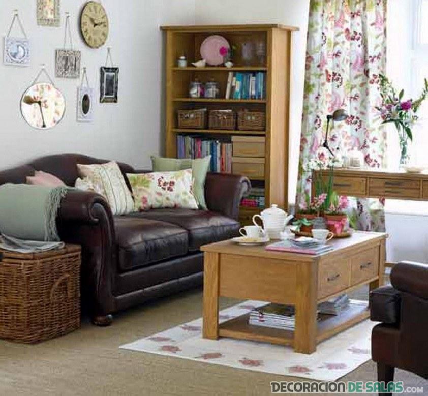 salón combinando muebles
