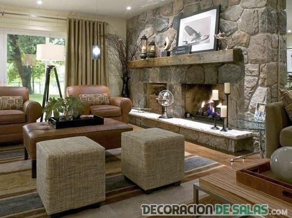 salón con chimenea rústica
