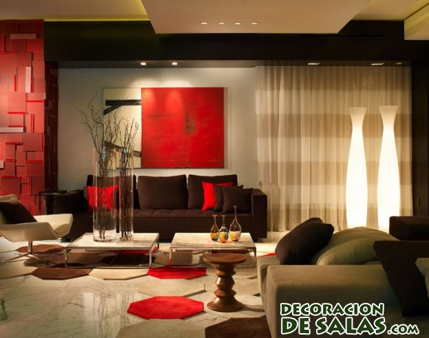salón con decoración en color rojo