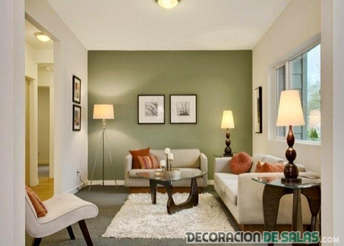 salón con pared principal en verde