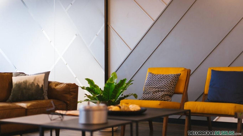 salón con sofás en amarillo