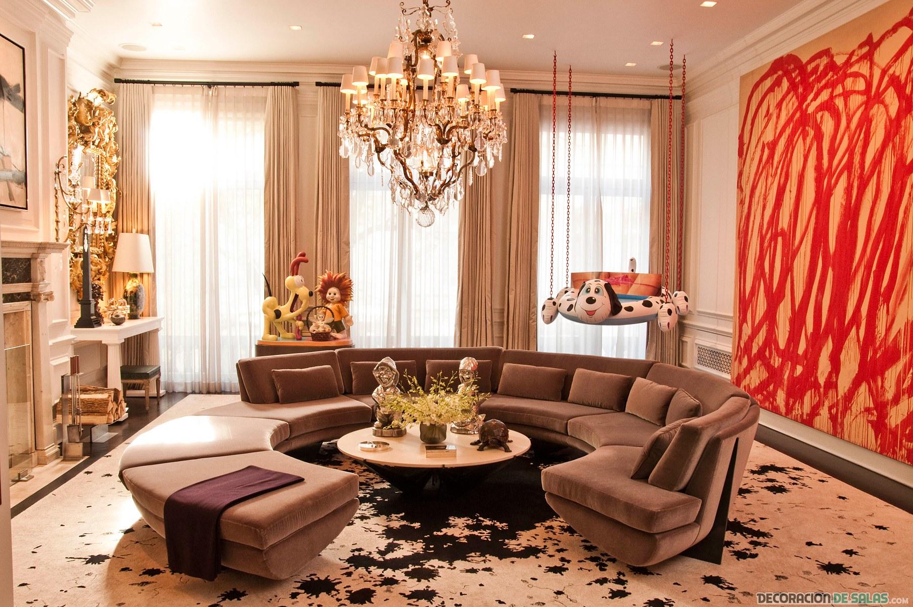 salón decorado con mucho lujo