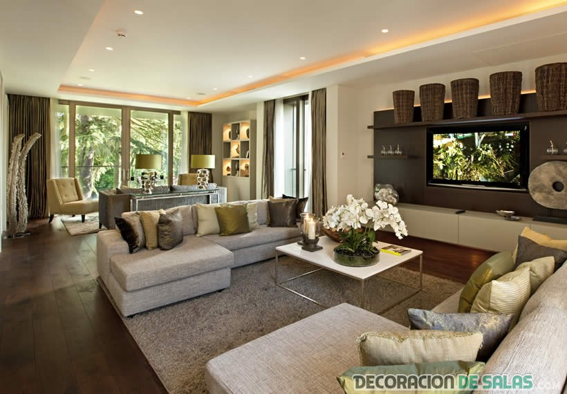 salón elegante dividido