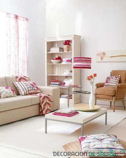 salón en blanco con estampados modernos