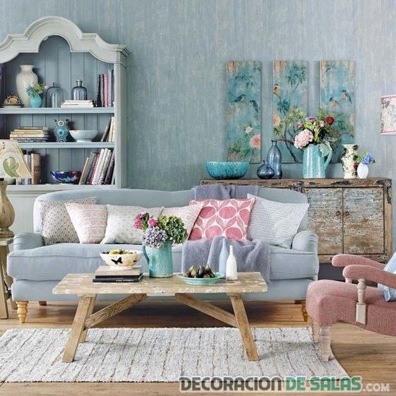 salón en el tono de moda serenity