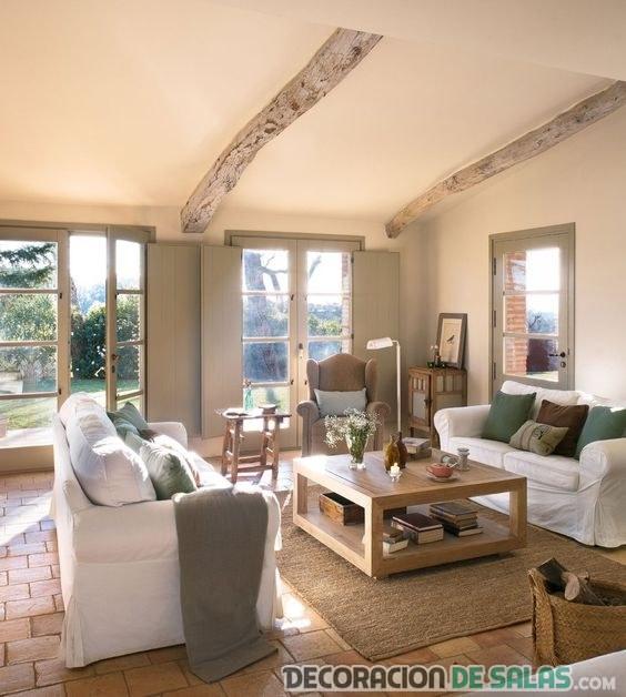 salón fresco con sofás en blanco