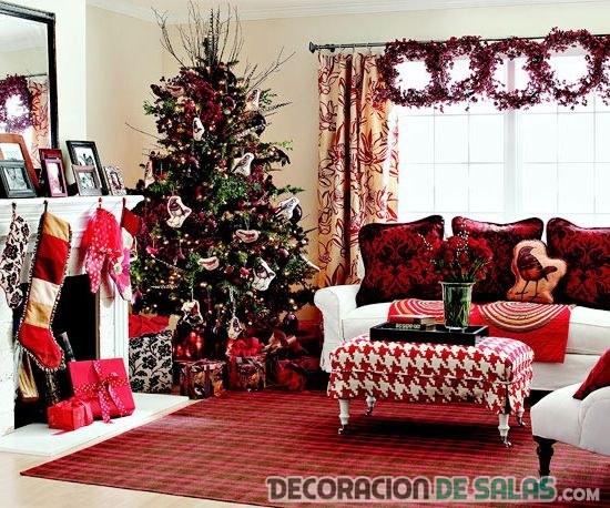 salón navideño en color rojo