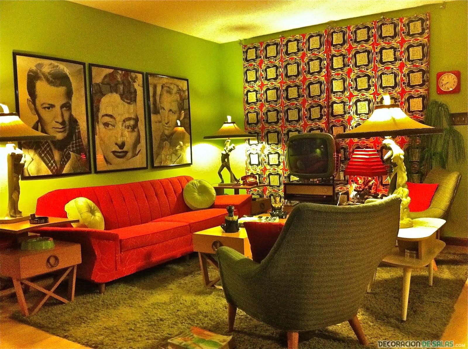 salón retro con detalles decorativos
