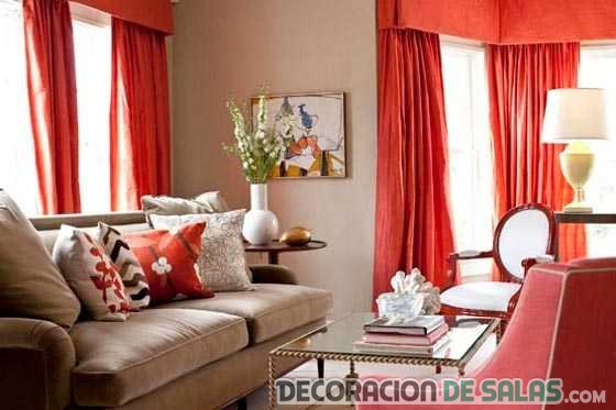 salones con cortinas en color rojo