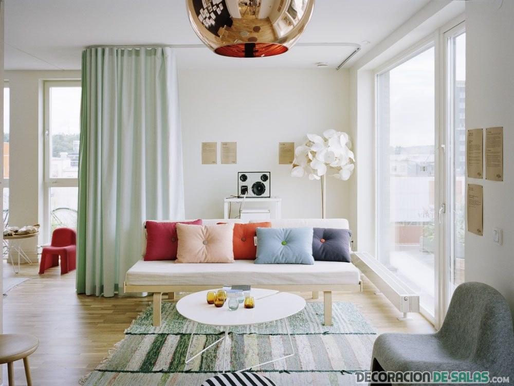 salones de estilo mediterráneo en color