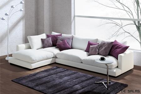 sofa blanco cojines