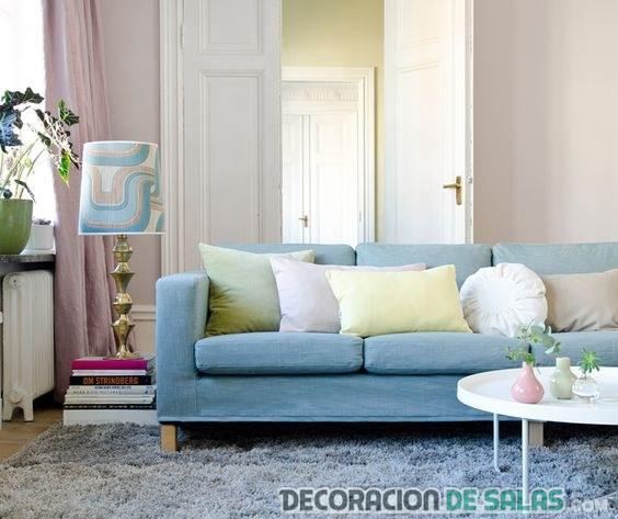 sofá color azul serenity