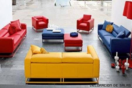 sofa combina colores