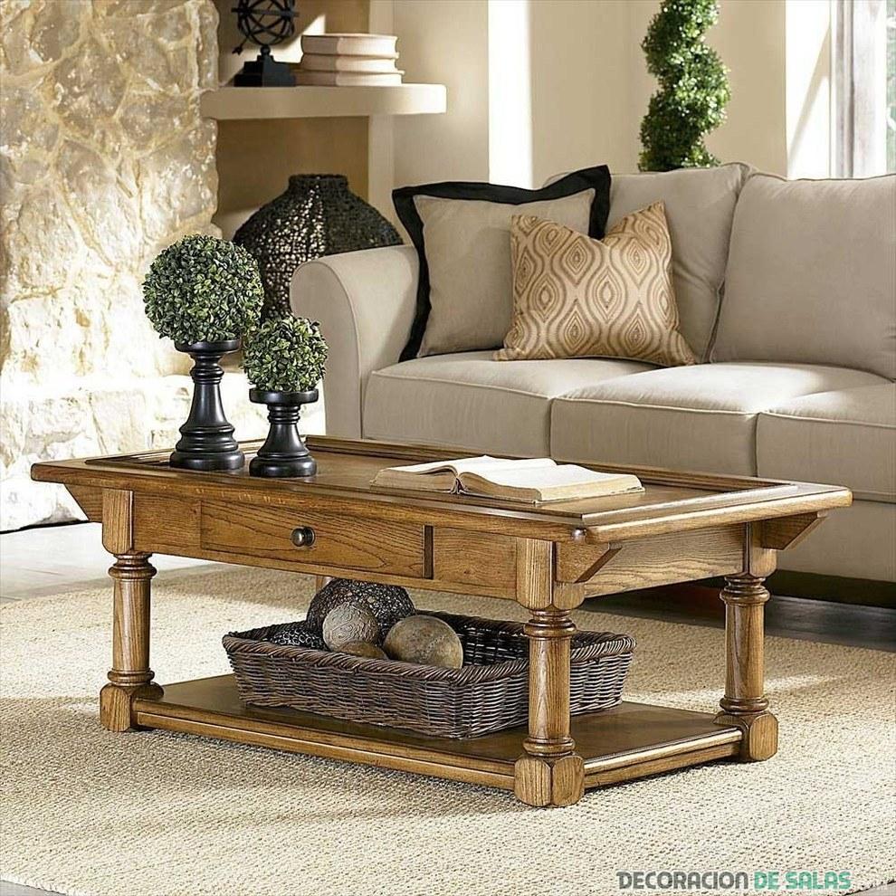 sofá combinado en gris con madera