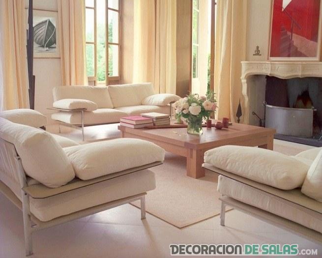 sofás con patas para salón pequeño