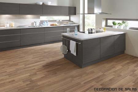 Repara suelos de madera decoraci n de salas - Suelo madera cocina ...