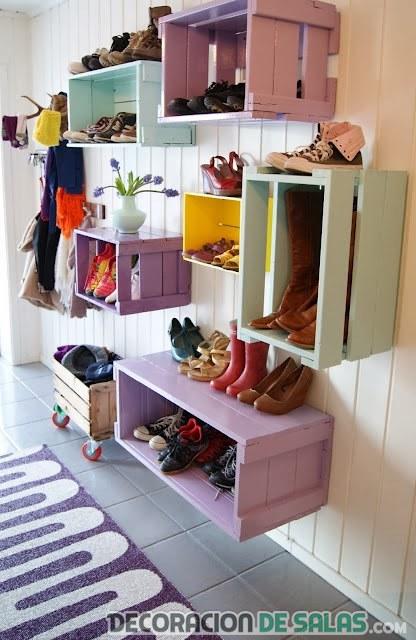 zapatos en cajas decorativas