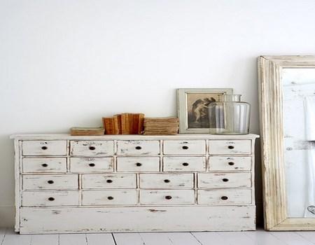 Dos consejos para envejecer muebles