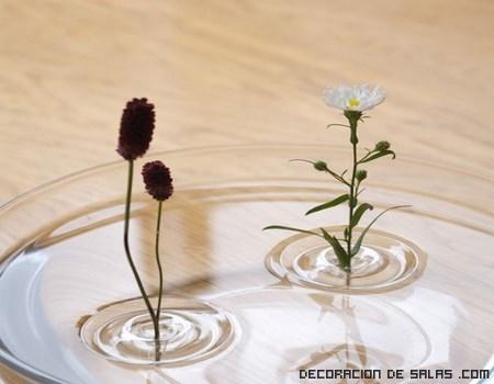 Decoración moderna con Floreros flotantes