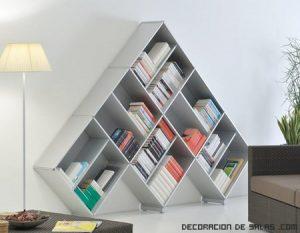 Las piezas del tetris en tus estanterías