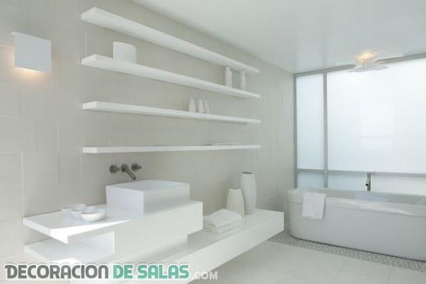 La pureza en los baños minimalistas