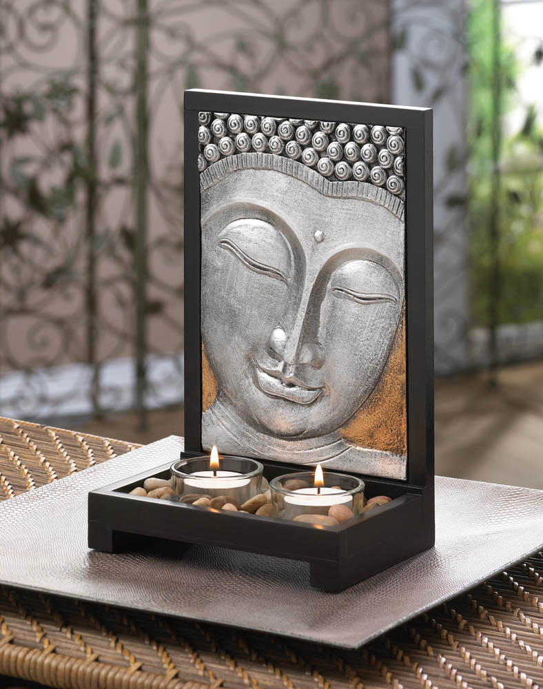 Buda y velas
