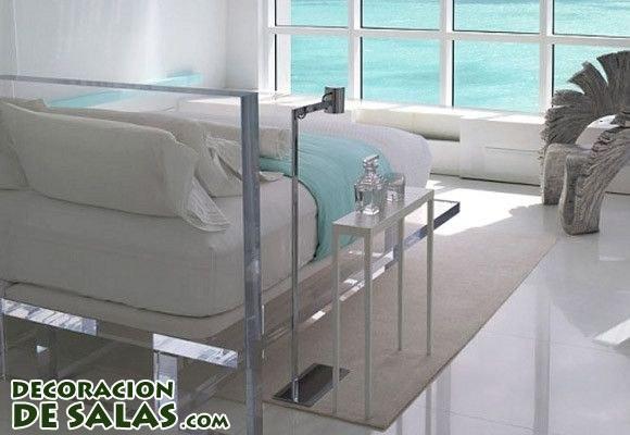 Decora tu casa con muebles transparentes