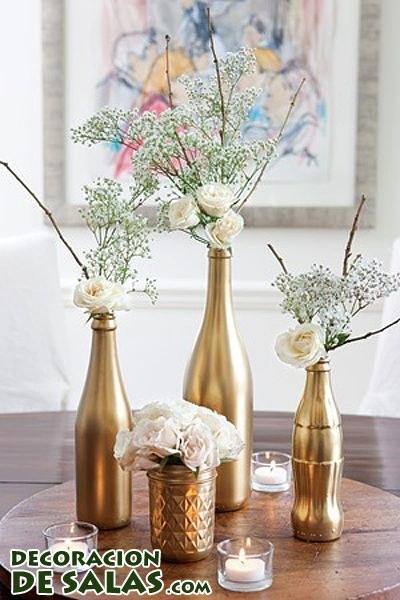 Centros de mesa con botellas