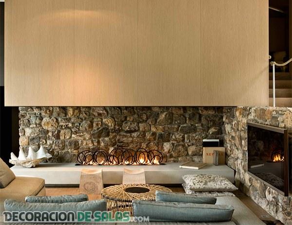 Chimeneas modernas que decoran las paredes de piedra