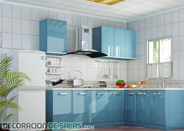 Cocinas delicadas en color azul claro
