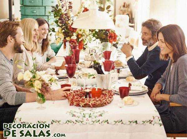 Decora tu mesa de Navidad con Zara Home