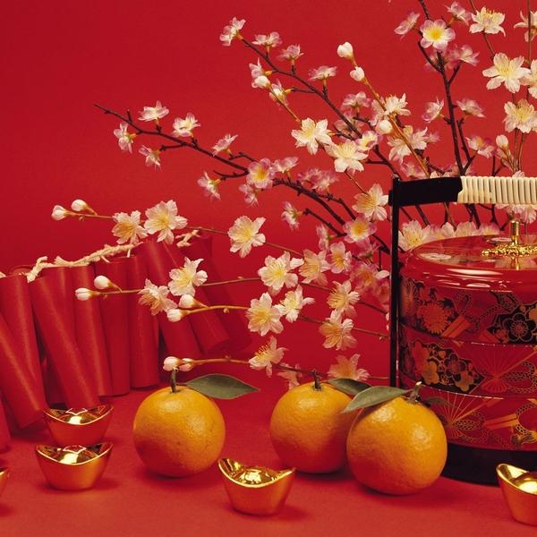 Flores y naranjas
