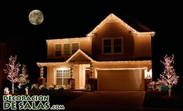 Decoración navideña con luces para exterior