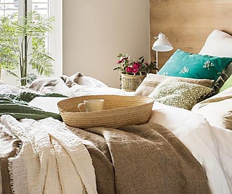 cabecero de madera para la cama