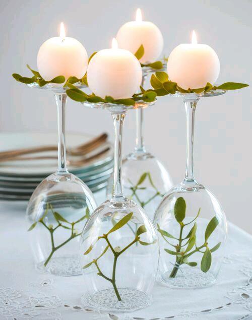 copas, flores y velas