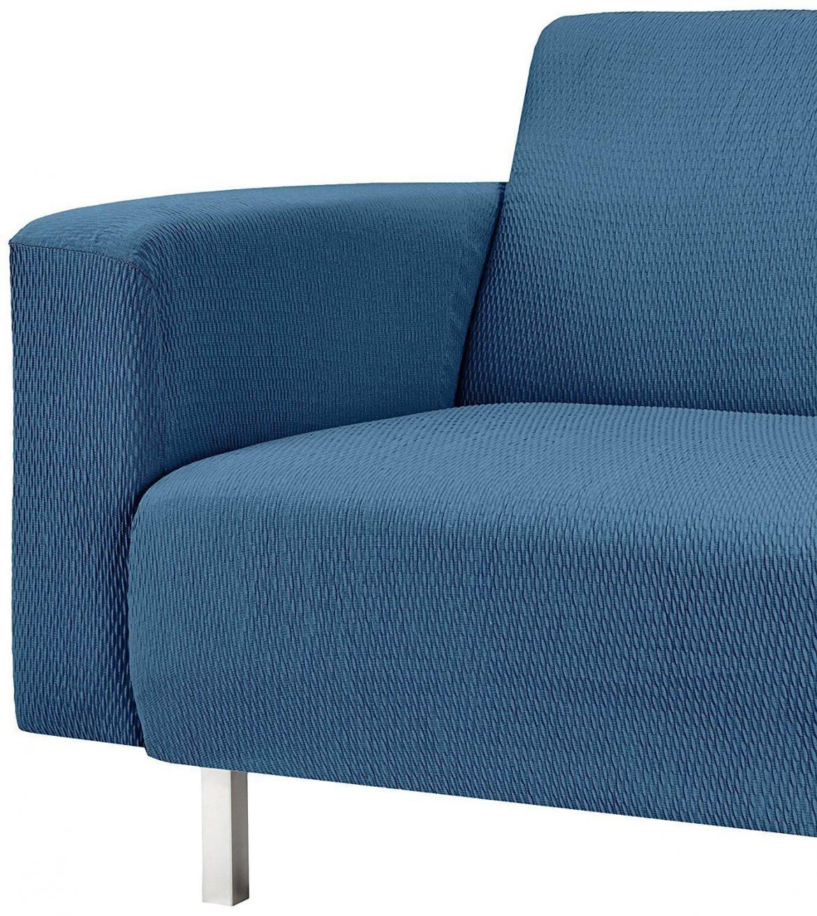 Funda azul para el sofá