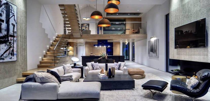 ¿Cómo aprovechar la luz natural y artificial en la decoración de salones?
